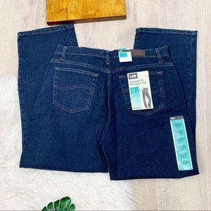 Lee Relaxed Fit Straight Leg Darrk Wash Denim Jean